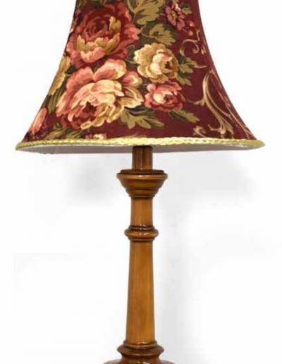 rustikálna lampa malá 250x250x530 zmeniť